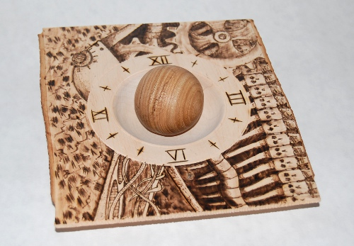 Square plate, biomechanical pyrography, wooden ball, elm
